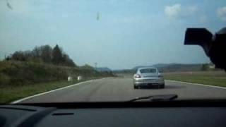 """getlinkyoutube.com-Mégane R26R VS CAYMAN """"S"""" sur le circuit de GEOPARC"""
