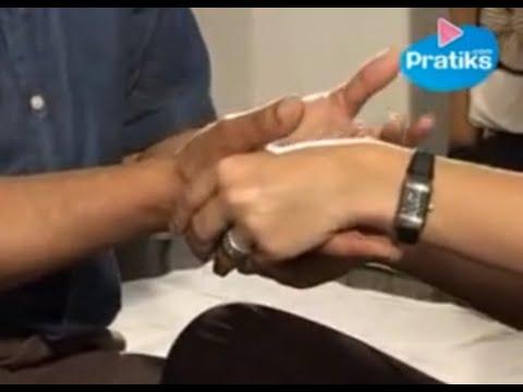 Tantrisme : comment faire un micro-massage - massage de la main.