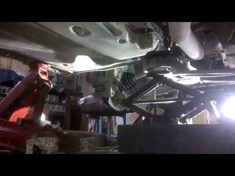 Расположение у Audi C5 втулки стабилизатора