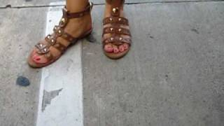 getlinkyoutube.com-Pretty female toes and feet of 40 something blonde in gladiator sandals