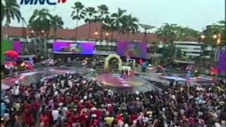 getlinkyoutube.com-Coboy Junior dan Winxs Berkolaborasi (Konser Boys Meet Girls Spec. 21 thn MNC TV - 20-10-12)