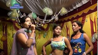 getlinkyoutube.com-Mallu Aunty gets first Affair with Young Boy - Sexy Video