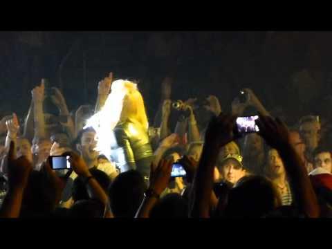 Madonna - Papa Don't Preach - MDNA Tour - Berlin 30.06.2012
