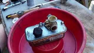 getlinkyoutube.com-Briggs and Stratton Plastic Pulsa Prime Carburetor (Carb) Rebuild