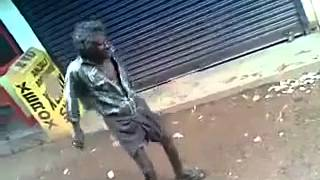 A DRUNKEN MAN  DANCES WITH CHAMMAK CHALO SONG, A REAL COMEDY