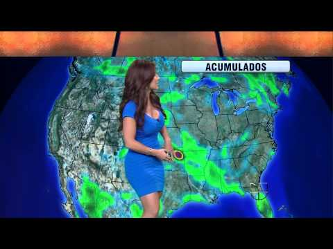 Jackie Guerrido 2011/08/10 Primer Impacto HD; Tight blue dress