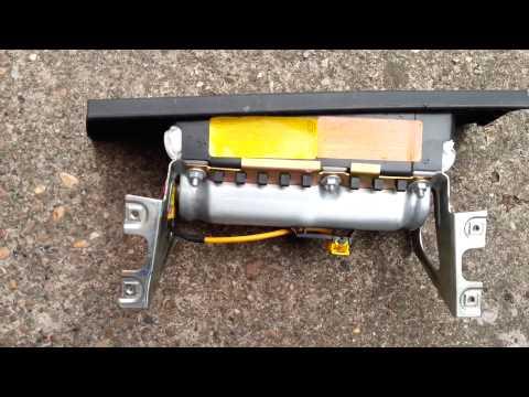 FIAT PUNTO MK2 NEARSIDE PASSENGER FRONT DASH AIRBAG 735330762