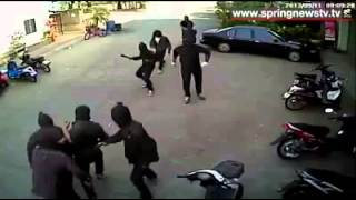 getlinkyoutube.com-Don't Bring Knives To A Gun Fight In Thailand