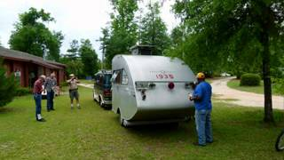 getlinkyoutube.com-Oldest Airstream Trailer in the WORLD