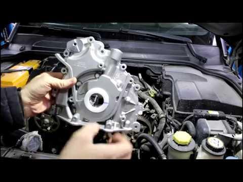 Где у Subaru Леоне натяжитель цепи грм