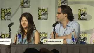 getlinkyoutube.com-THE 100: 2013 Comic Con Panel