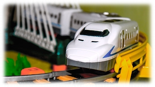 getlinkyoutube.com-TRAINS FOR CHILDREN VIDEO: Train Rapid Transit Toys Review