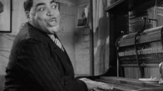 getlinkyoutube.com-Fats Waller - Ain't Misbehavin' - Stormy Weather (1943)