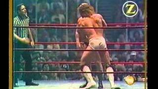 getlinkyoutube.com-Kerry Von Erich vs. Greg Valentine - Missouri State Title
