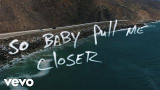 getlinkyoutube.com-The Chainsmokers - Closer (Lyric) ft. Halsey