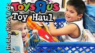 getlinkyoutube.com-Toys R Us Haul with HobbyKids! HobbyMema + HobbyPapa Join the Fun HobbyKidsVids