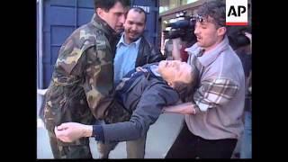 getlinkyoutube.com-Bosnia - Sniper Attack In Sarajevo