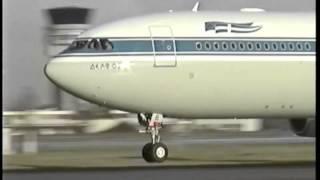 getlinkyoutube.com-OLYMPIC A340 doing Touch & Go + Go-Around. Enjoy!
