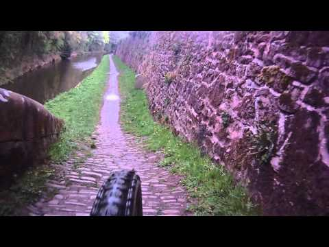 Snake bridge Macclesfield canal (MTB)