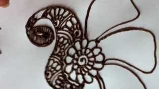 getlinkyoutube.com-How to draw a peacock in henna/mehndi