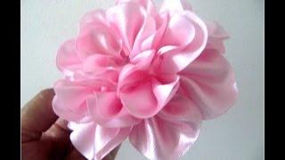 getlinkyoutube.com-Moños para el cabello en cintas rosas crespas paso a paso