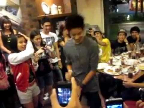 DANIEL PADILLA - Teach me how to Dougie