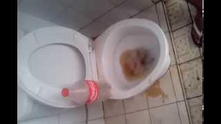 getlinkyoutube.com-Efek 1 Liter Coca Cola yang ditumpahkan pada Closed | Delta Creator