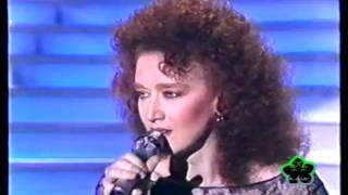 getlinkyoutube.com-Sanremo - 1987 - Fiorella Mannoia - Quello che le donne non dicono