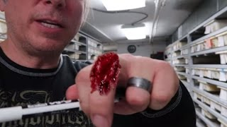 getlinkyoutube.com-SNAKE BITES AND UNBOXING MORE SNAKES! Brian Barczyk