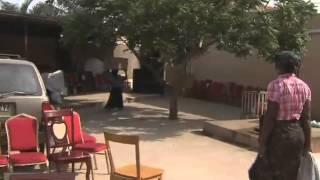 getlinkyoutube.com-Luanda: Cidadã de 25 anos morta após reagir a um assalto | Primeiro Jornal | TV Zimbo |