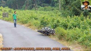 getlinkyoutube.com-Elephant & Bike Couple Collision.
