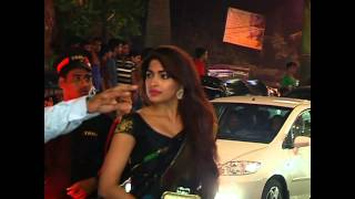 getlinkyoutube.com-Bollywood Celebs At Grand Diwali Party With Bachchan Family 1