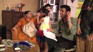 getlinkyoutube.com-Karan Patel aka Raman Teases his on Screen Sister - Behind the Scenes of YHM