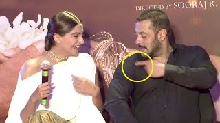 getlinkyoutube.com-Salman Khan INSULTS Sonam Kapoor In front Of MEDIA - Prem Ratan Dhan Payo Promotions