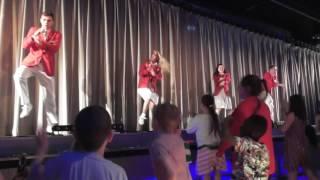 getlinkyoutube.com-Butlins Redcoats Party Dance Gangnam Style