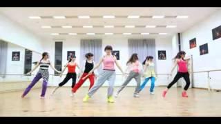 getlinkyoutube.com-Chinese Fan Dance (Modern & Classic Style)