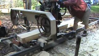 getlinkyoutube.com-Joe's awesome homade sawmill
