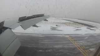 getlinkyoutube.com-Delta Flight 172 Landing at JFK under Blizzard Warning