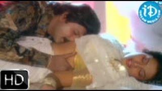 getlinkyoutube.com-Neeli Mabbu Song - Allari Mogudu Movie | Mohan Babu | Ramya krishna | Meena