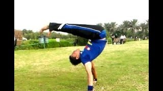getlinkyoutube.com-تعلم حركة التاسع فريز جامد جامد جدا بريك دانس LEARN BREAK DANCE POWER MOVES