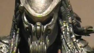 "getlinkyoutube.com-Alien vs Predator Stop motion - ""Who will survive"""