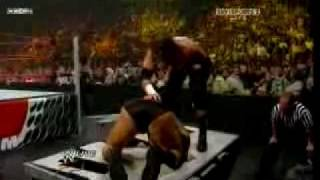 getlinkyoutube.com-WWE Raw 6/22/09 - HQ Triple H vs. Randy Orton WWE Championship Match Last Man Standing Part 2/3