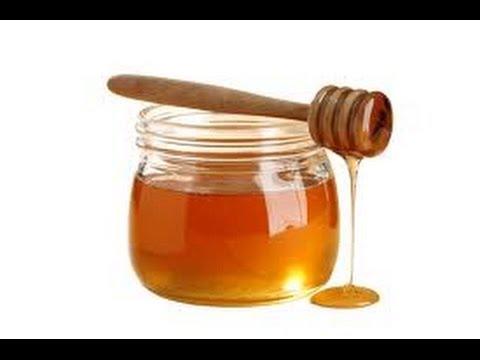 Colocar o nome da pessoa amada no mel (Simpatia infalível).