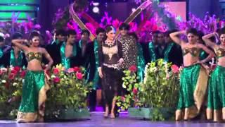getlinkyoutube.com-Star Guild Awards kareena kapoor performans 2014