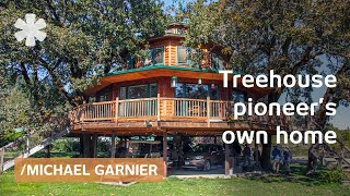 getlinkyoutube.com-World's largest treehouse? 7 trees support 1800 sq ft home