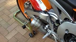 getlinkyoutube.com-CBR1000RR9 Repsol Fireblade Leo Vince GP Pro slip on