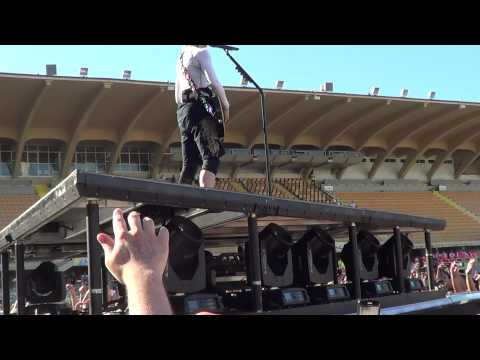 "MADONNA soundcheck MDNA TOUR - FIRENZE - 16 giugno 2012 - ""I don't give A"""