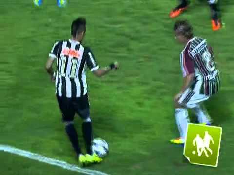Neymar Humilhar !! Sainha ( Caneta ) ne Diguinho do Fluminense