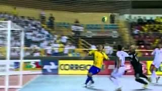 Falcão elege os seus 12 gols mais bonitos pela seleção