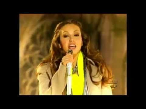 Thalia - Rodolfo El Reno De La Nariz Roja _Nuestra Navidad -PjquiRkXI1o